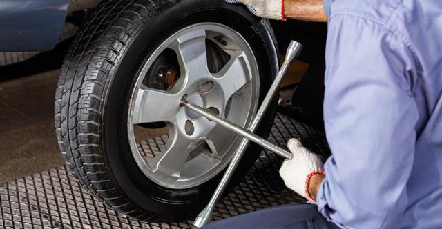 Évitez les accidents de pneu en procédant régulièrement à une permutation
